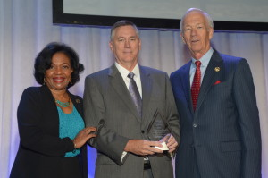 Pictured from left to right: Phyllis Currie, General Manager, Pasadena, California, Water and Power and Chair of the APPA¹s Nominations and Awards Committee, David Osburn, OMPA General Manager and J. Gary Stauffer, Executive Director, NMPP Energy in Lincoln, Nebraska, and Chair of the APPA¹s Board of Directors